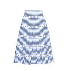 Miu Miu - Faltenrock aus Baumwolle - Pure 50ies-Eleganz versprüht dieser feminine Faltenrock von Miu Miu. Mit seiner ausgestellten Silhouette und den zahlreichen Streifen in Blau und Weiß spiegelt er die mädchenhafte Signature-Ästhetik des italienischen Modehauses wider, für die wir seine Kreationen so lieben. seen @ www.mytheresa.com