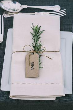 greenery wedding decor with thin string Wedding Trends, Trendy Wedding, Dream Wedding, Wedding Day, Elegant Wedding, Wedding Blush, Wedding Flowers, Rustic Wedding, Wedding Tips