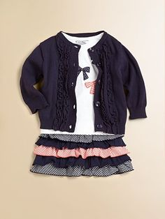 something i could see on my niece Charlotte :) with some leggings of course