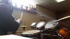 DRUM SET WITH ROTO TOMS