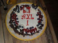 slagroomtaart axl's 1ste verjaardag