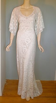 Victorian Antique Scalloped LACE WEDDING Dress Floral ...