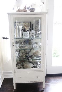 Vintage medical cabinet.  I want one!
