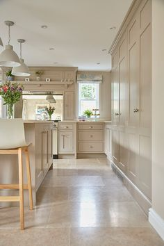 Wooden Kitchen Floor, Stone Kitchen Floor, Kitchen Paint, Kitchen Flooring, Kitchen Interior, Kitchen Decor, Kitchen Design, Kitchen Island With Sink, Aga Kitchen