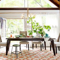 Angled-Leg Expandable Table west elm