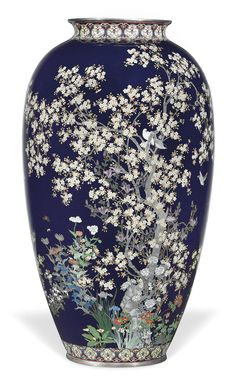 A Fine Cloisonné Vase, Meiji Period (late Century) Japanese Vase, Japanese Porcelain, Japanese Pottery, Glass Ceramic, Ceramic Pottery, Ceramic Art, Clear Glass Vases, Glass Art, Art Japonais