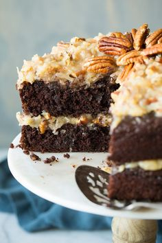 The BEST German Chocolate Cake! It's perfectly rich and chocolatey and no one can resist that sweet and sticky coconut pecan topping. A delicious cake for any occasion! Fruit Recipes, Cake Recipes, Dessert Recipes, Recipies, Brownie Recipes, Bratwurst, Food Cakes, Cupcake Cakes, Cupcakes
