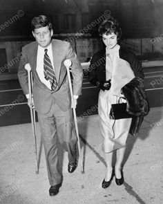 U.S President Kennedy On Crutches With Jackie Vintage Reprint 8x10 Old Photo