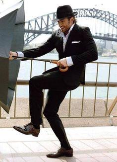 He can dance. He can sing. Hugh Jackman Dancing around the back of Sydney Opera House. Hugh Jackman, Hugh Michael Jackman, Pretty Men, Gorgeous Men, Beautiful People, Hugh Wolverine, Sydney, Australian Actors, Star Wars