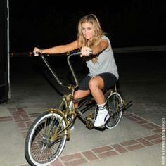 i want a lowrider bike SO BAD!