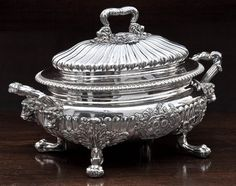 A fine George IV silver oval soup tureen and cover William Bateman, London 1823 #silver