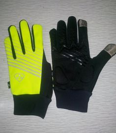 cycling phone touch tip gloves  www.bigdashgloves.com