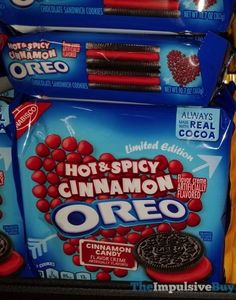 Limited Edition Hot & Spicy Cinnamon Oreo Cookies Weird Oreo Flavors, Cookie Flavors, Oreos, Savory Snacks, Snack Recipes, Dessert Recipes, Fast Food Reviews, Junk Food Snacks, Weird Food