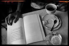 #Livros: ENREDADO - O Livro Do Amigo Poeta || Era mês de Agosto (o nosso querido mês de Agosto) e eu ainda não sabia se visitaríamos Portugal nesse verão (2017). Mas sabia que teria de fazer tudo para estar presente no lançamento de um livro. Não era um livro qualquer. Era o