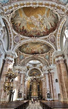 St. Jakob Cathedral in Innsbruck (Part 2 - the whole perspective)
