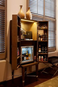 drinks cabinet Dylan Thomas suite @ The Dylan Hotel Amsterdam Boutique Hotel Amsterdam, Hotel Minibar, Bedroom Bar, Living Room Bar, Hotel Room Design, Small Luxury Hotels, Drinks Cabinet, Bungalow, Funky Furniture