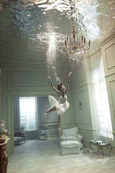 Under water dance... Cool...