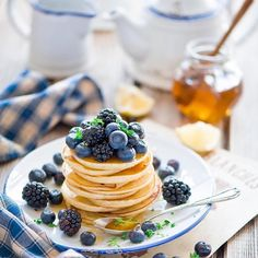 Unbelievably beautiful blueberry pancakes by @vika_momstory  http://armyofchefs.com - Online store  ------------------------ #food #foodgram #foodie #foodart #foodpic #foodphoto #foodphotography #foodism #hipsterfoodofficial #foodphotographer #goodlife #chef #delicious #instafood #instagourmet #gourmet #gastronomy #foodporn #foodism #foodgasm #plating #f52grams #vsco_food  #photooftheday #picsoftheday #dishoftheday #chefsplateform #blueberry #pancake# vegetarian