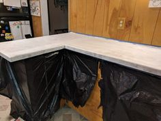 How to Paint Your Countertops Like Granite • Mama and More Painting Laminate Countertops, Cheap Countertops, Granite Countertops, Maplewood Kitchen, Kitchen Tops, Kitchen Counters, Kitchen Ideas, Home Remodeling Diy, Love Your Home