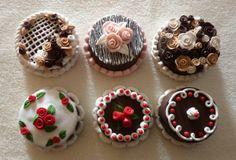 Torte cioccolato in fimo fatte a mano con decorazioni varie - Chocolate cake series in fimo polymer clay handmade