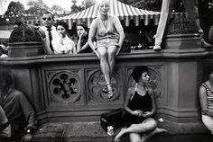 garry winogrand world s fair new york city 1964