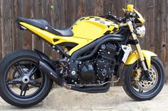Chain Reaction CRM exhaust Triumph Speed Triple Visordown Motorcycle News