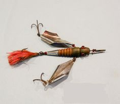 The Comstock Flying Helgramite Lure was made by Harry Comstock Fulton, New York. Circa 1883 considered one of if not the first glass eyed antique lures made Best Bass Fishing Lures, Fishing Box, Vintage Fishing Lures, Crappie Fishing, Fishing Gifts, Best Fishing, Fly Fishing, Fishing Stuff, Fishing Tackle