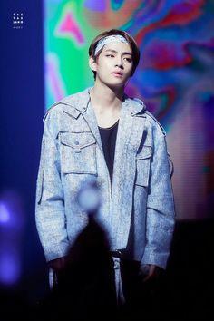 Kim Taehyung; V