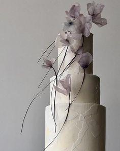 Metallic Wedding Cakes, Unique Wedding Cakes, Unique Weddings, Contemporary Wedding Cakes, Cake Gallery, Lilac Flowers, Chapel Wedding, Occasion Cakes, Wedding Blog