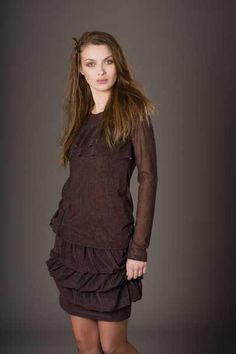 This is one of my favorite Cop-copine brown dresses!!! Simple, classic!