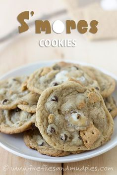 This past weekend, I combined two of my favorite things—baking and camping—into an amazing, gooey cookie. S'mores Cookies are the perfect combination of crisp graham cracker, sweet chocolate, and soft marshmallow. My family devoured them! This post Baking Recipes, Cookie Recipes, Dessert Recipes, Dessert Food, Food Menu, Dessert Ideas, Yummy Recipes, Yummy Treats, Sweet Treats