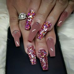 Chunky pink glitter and nude skin toned pink long square nails – Long Nails Glam Nails, Hot Nails, Bling Nails, Long Square Nails, Chameleon Nails, Manicure E Pedicure, Acrylic Nail Designs, Acrylic Nails, Acrylic Colors