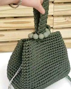 Diy Crochet Bag, Crochet Bag Tutorials, Crochet Clutch, Crochet Basket Pattern, Crochet Handbags, Crochet Videos, Crochet Projects, Knit Crochet, Crochet Patterns