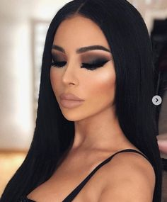 Quixotic Makeup Set Design – Diy Make up Ideen – makeup Flawless Makeup, Gorgeous Makeup, Pretty Makeup, Love Makeup, Makeup Inspo, Makeup Ideas, Dark Makeup Looks, Makeup Inspiration, Makeup For Black Dress