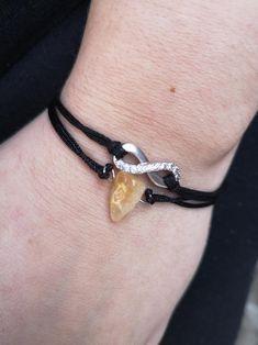 Minimalistic Yellow Gemstone Citrine Bracelet   Etsy #gemstonebacelet #charmbacelet #citrinebracelet Bracelet Making, Jewelry Making, Dainty Jewelry, Unique Jewelry, Citrine Gemstone, Minimalist, Gemstones, Yellow, Trending Outfits