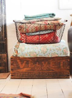 Wire basket. Vintage crate. | Quilt Storage