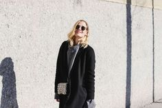 tifmys – Coat, sweater and pants: Zara | Biker Boots: Jones (old) | Bag: ZAC by Zac Posen | Ring: Jane Kønig | Sunglasses: Ray Ban Round Metal