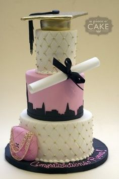 This would be the PERFECT graduation cake for me...it says FASHION and NYC! If only I was having a party.
