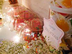 Golosinas en Shine a light Table de Süss Pastelería