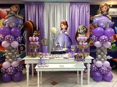 Sofia the first Princess Party Decorations, First Birthday Party Decorations, Gold Birthday Party, 3rd Birthday Parties, Birthday Balloons, Sophia The First Birthday Party Ideas, Princess Sofia Birthday, Tangled Birthday, Princesa Sophia