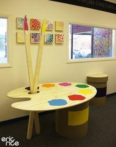 Retail fixture for PeaceLove- cute for a craft or art room! Kindergarten Interior, Kindergarten Design, Art Classroom Decor, Classroom Design, Classroom Board, Daycare Design, School Design, Design Maternelle, Retail Fixtures