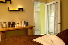 Enjoy a facial, body treatment or massage in our zen treatment rooms!