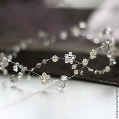 Купить Свадебный венок для прически невесты. Венок невесте айвори,блестящий. - свадебное украшение