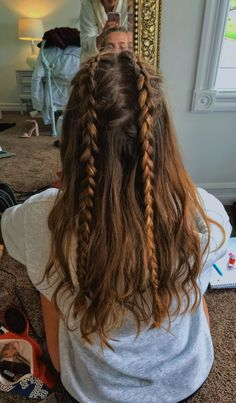 hair inspo Summer Camping Hairstyles Braids 20 Ideas For 2019 Camping Hairstyles, Box Braids Hairstyles, Pretty Hairstyles, Hairstyles 2018, African Hairstyles, Side Hairstyles, Braids In Hair, Long Hair Hairdos, Retro Hairstyles