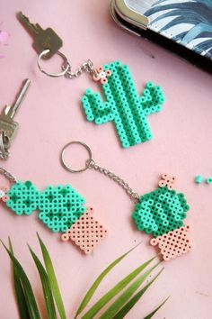 keychain made of iron-on beads . - Cactus keychain made of self-made iron beads :] Keychains iron beads -Cactus keychain made of iron-on beads . - Cactus keychain made of self-made iron beads :] Keychains iron beads - Perler Bead Designs, Easy Perler Bead Patterns, Hama Beads Design, Diy Perler Beads, Perler Bead Art, Hama Beads Kawaii, Hama Beads Pokemon, Diy Jewelry Unique, Diy Jewelry To Sell