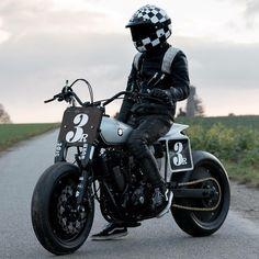 Suzuki Flat Track by Le French Atelier Moto Street Tracker, Tracker Motorcycle, Scrambler Motorcycle, Flat Track Motorcycle, Brat Bike, Classic Motorcycle, Motorcycle Helmets, Custom Motorcycles, Custom Bikes