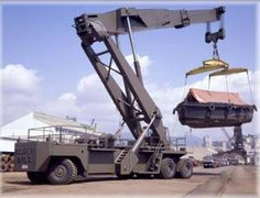 stacker Heavy Machinery, Heavy Truck, Civil Engineering, Heavy Equipment, Military Vehicles, Trucks, Construction, Building, Aircraft Carrier