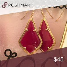 Kendra Scott maroon alex earrings brand new and never worn, great for game days! Kendra Scott Jewelry Earrings