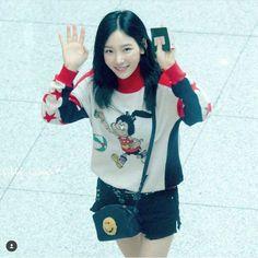 ❤ SNSD ❤ Kim TaeYeon ♡ 김태연 ♡ : @ Vancouver Canda Airport