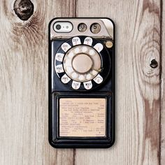 I love this!  Makes me wish I had an iphone so I could get it!